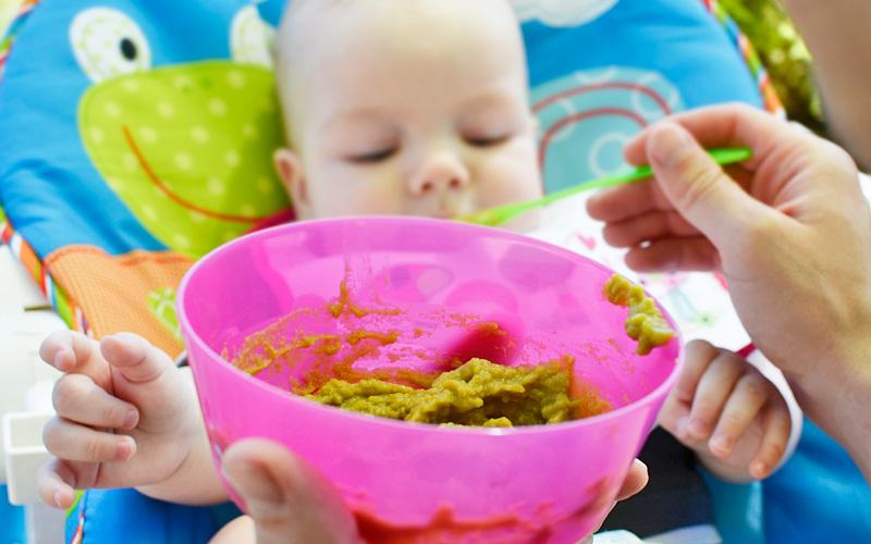 Kiedy rozpocząć rozszerzanie diety niemowląt?