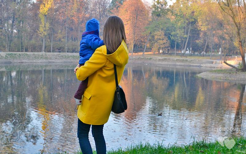 Jesienne spacery z niemowlakiem