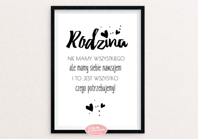Czarno-białe plakaty z polskimi napisami