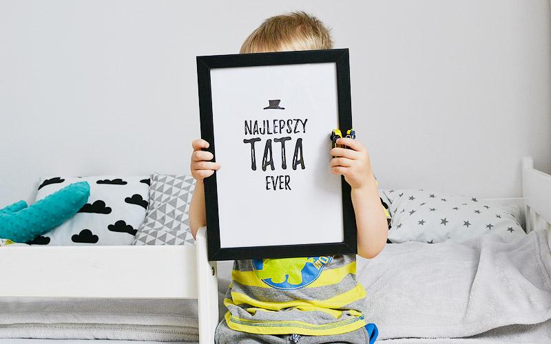 Filip wybrał swój ulubiony plakat dla taty