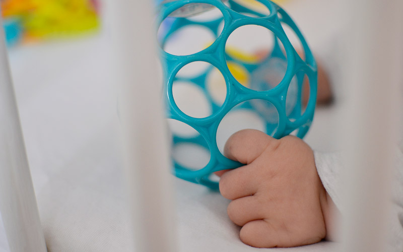 Zabawki dla niemowlaka - Oball