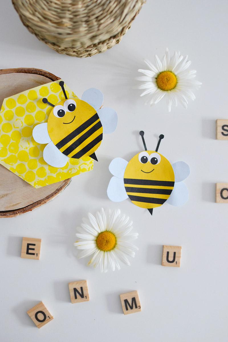 wiosenna pszczółka wycinanka