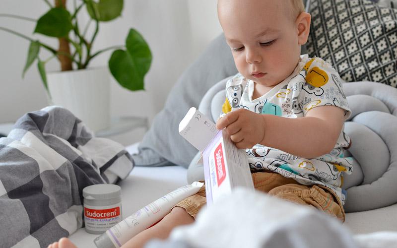 Jak pielęgować skórę niemowlaka