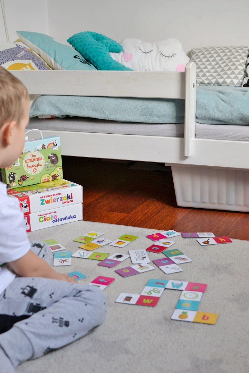Domino Alfabet - Fajne gry edukacyjne dla dzieci