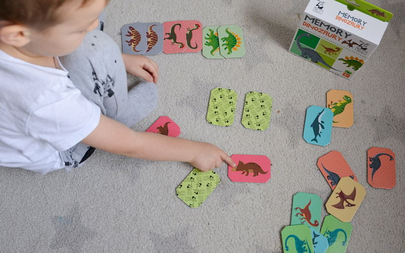 Memory dinozaury - Fajne gry edukacyjne dla dzieci