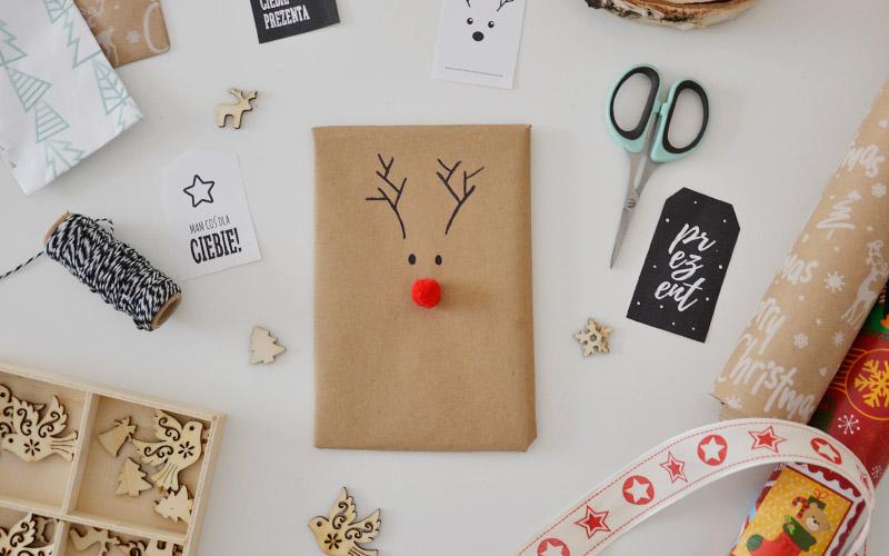 Jak zapakować prezent w kształcie renifera?