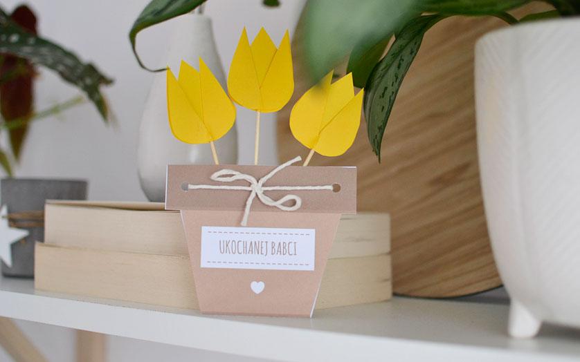 Бумажные цветы в горшке для бабушки