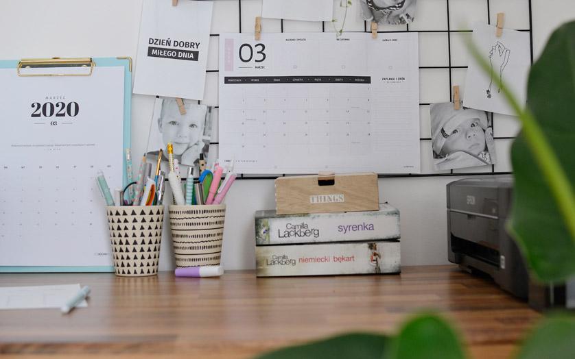 Biuro w domowym biurze