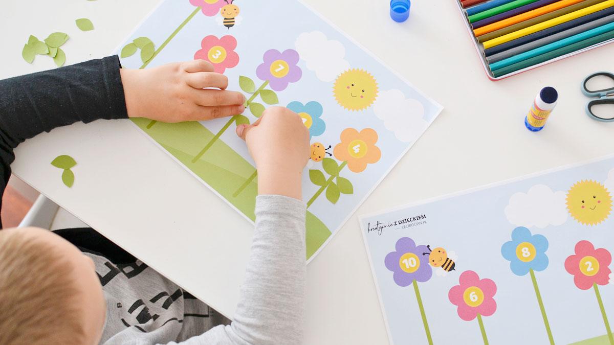Kolorowe kwiaty - Matematyczne karty pracy do druku