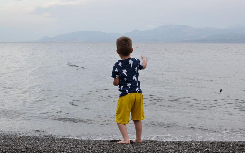 Co zabrać na wakacje z małym dzieckiem?