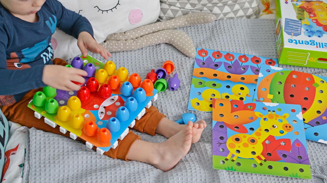 Układanka dla malucha, która uczy kolorów!