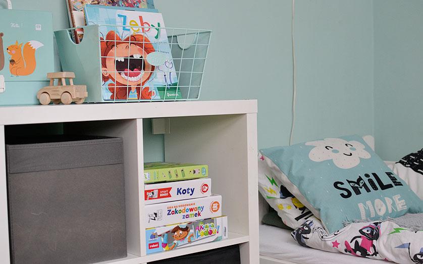 Przechowywanie gier w pokoju dziecka