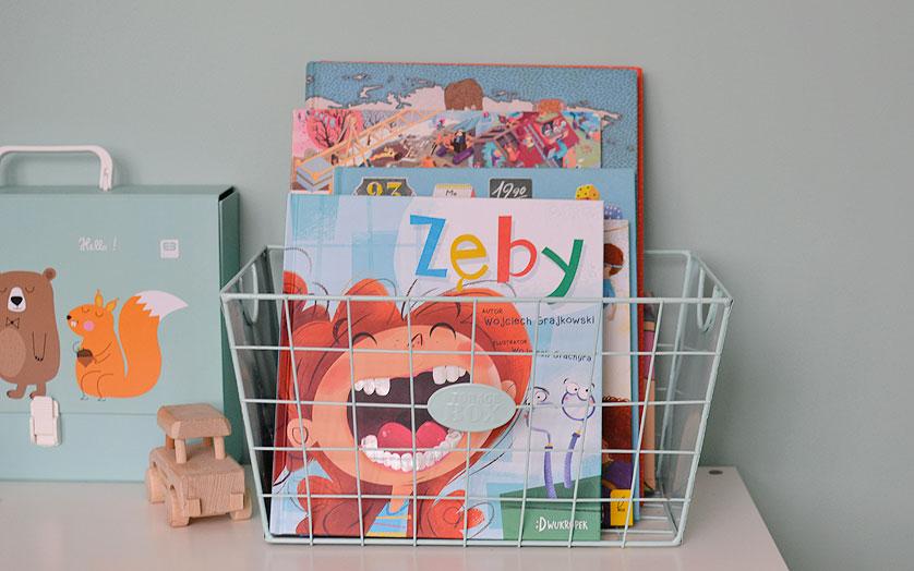 Przechowywanie książek w pokoju dziecka