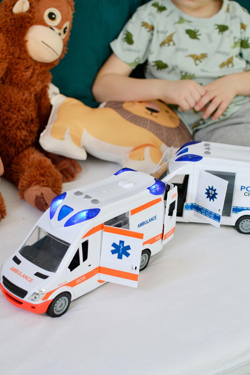 Ambulans i policja